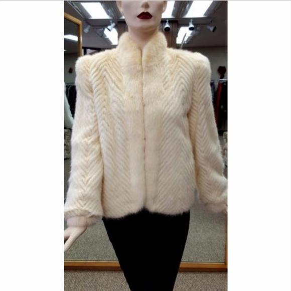 f3b672f55b09 Saga Furs Jackets   Coats